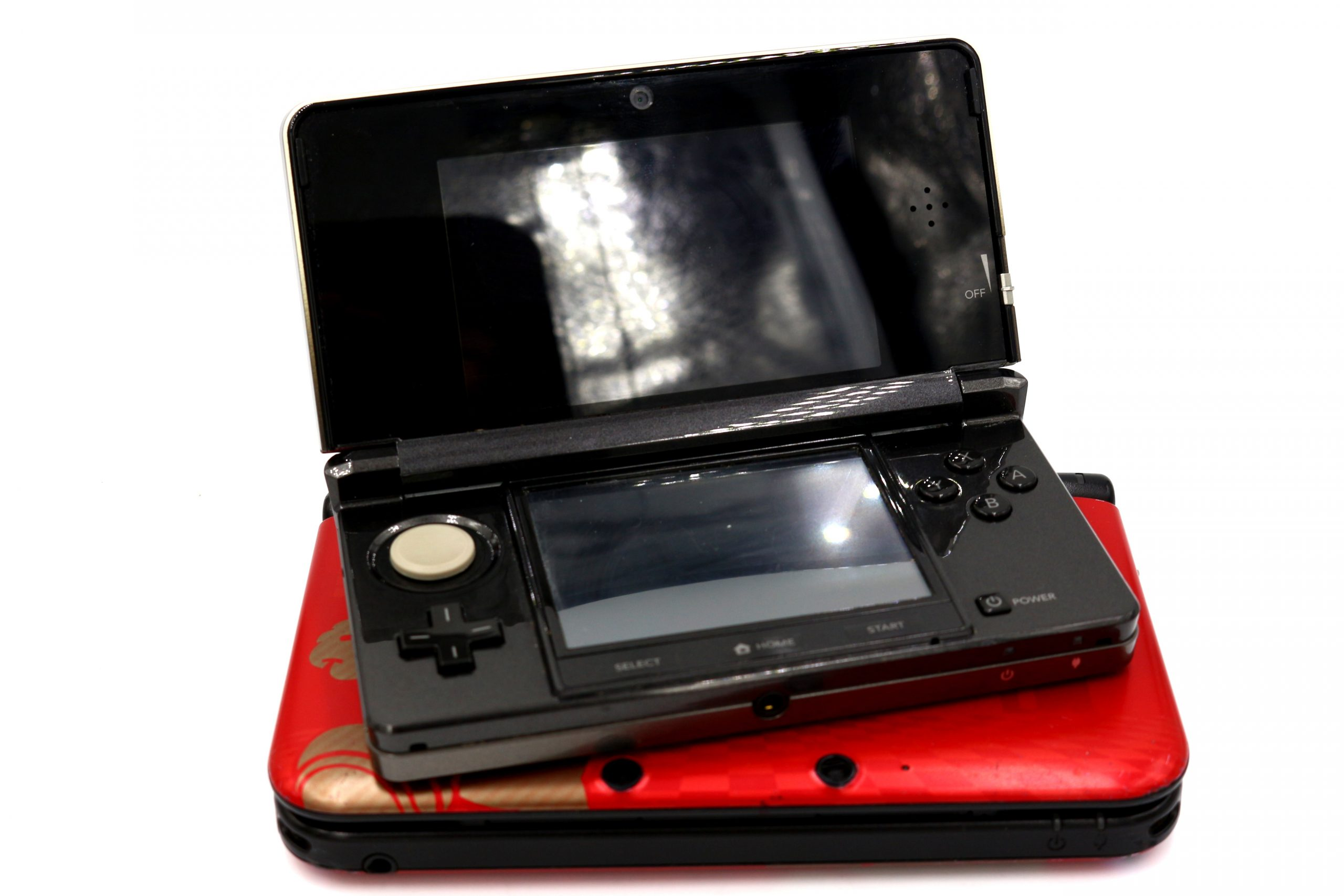 Why the 3DS might be better than the 3DS XL.