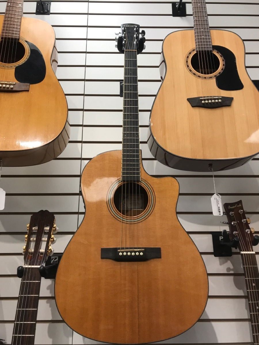 14 Nov 2019 – Larrivee LV-04E Acoustic Guitar – $1299