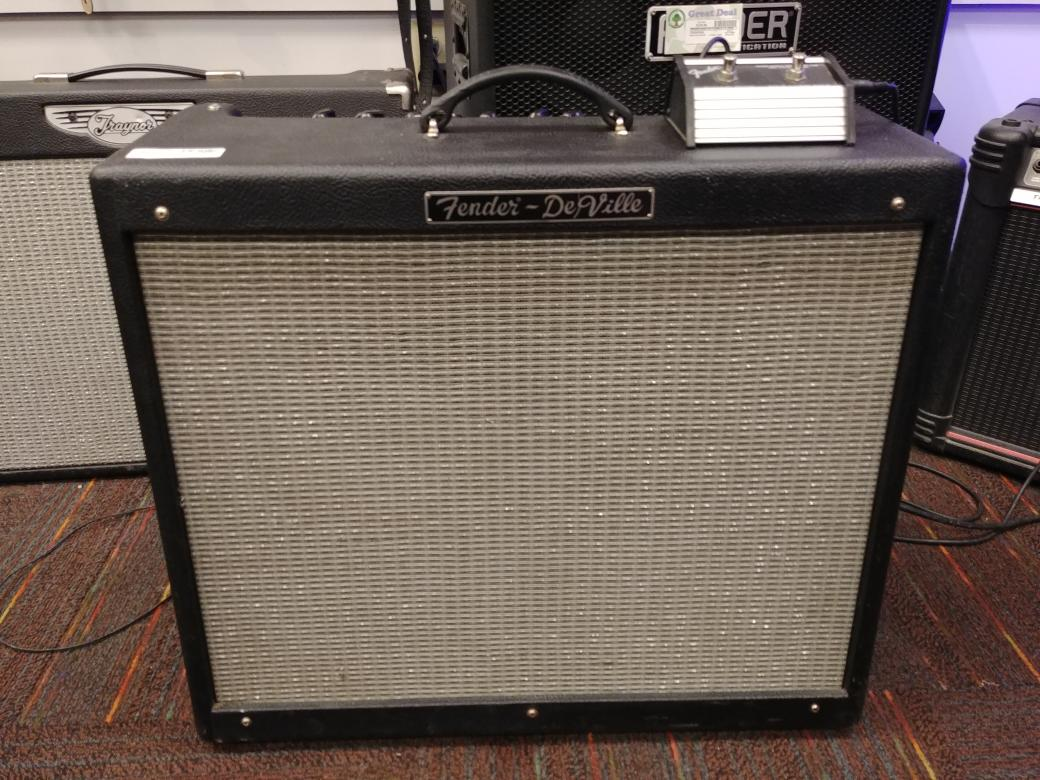 14 Feb 2020 – Fender Deville 212 Guitar Amp – $499