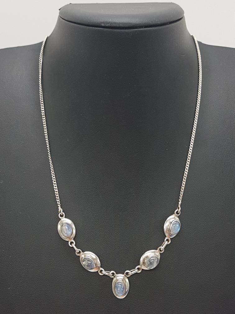 2 Feb 2020 – Silver and Moonstone necklace – $18