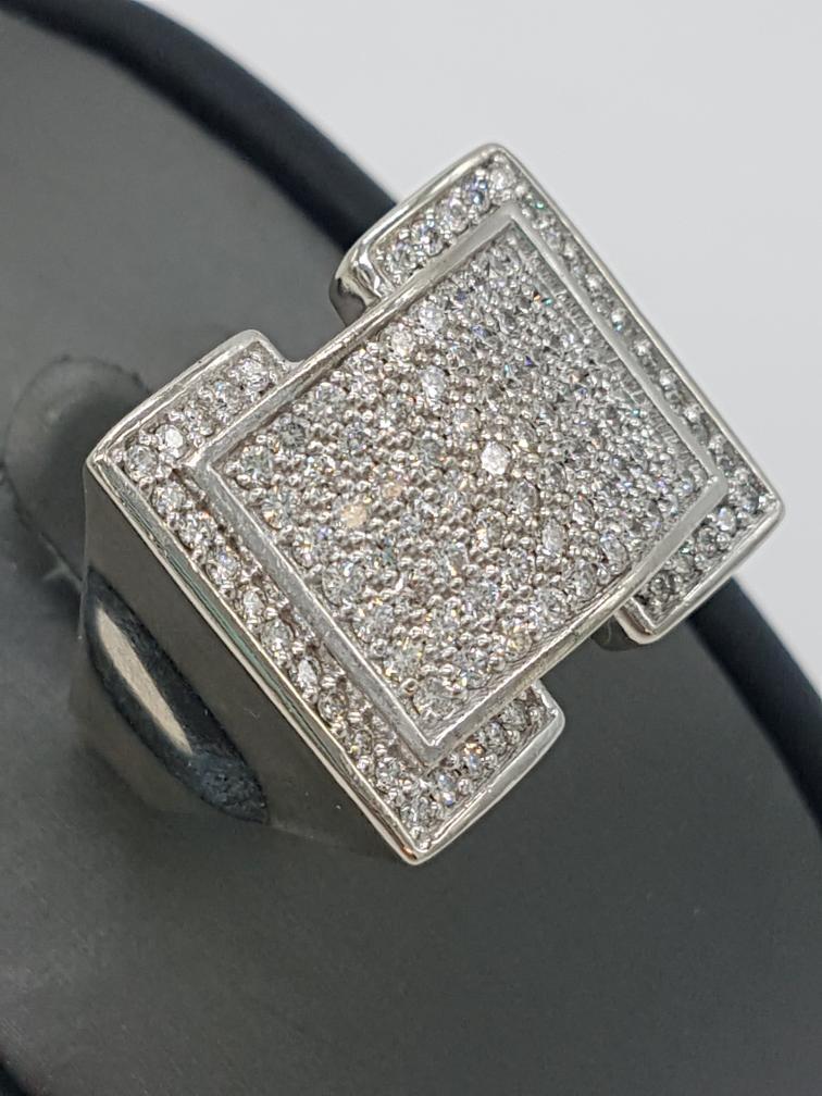 9 July 2020 – Heavy Men's 14k Ring w/108 Diamonds – $1929