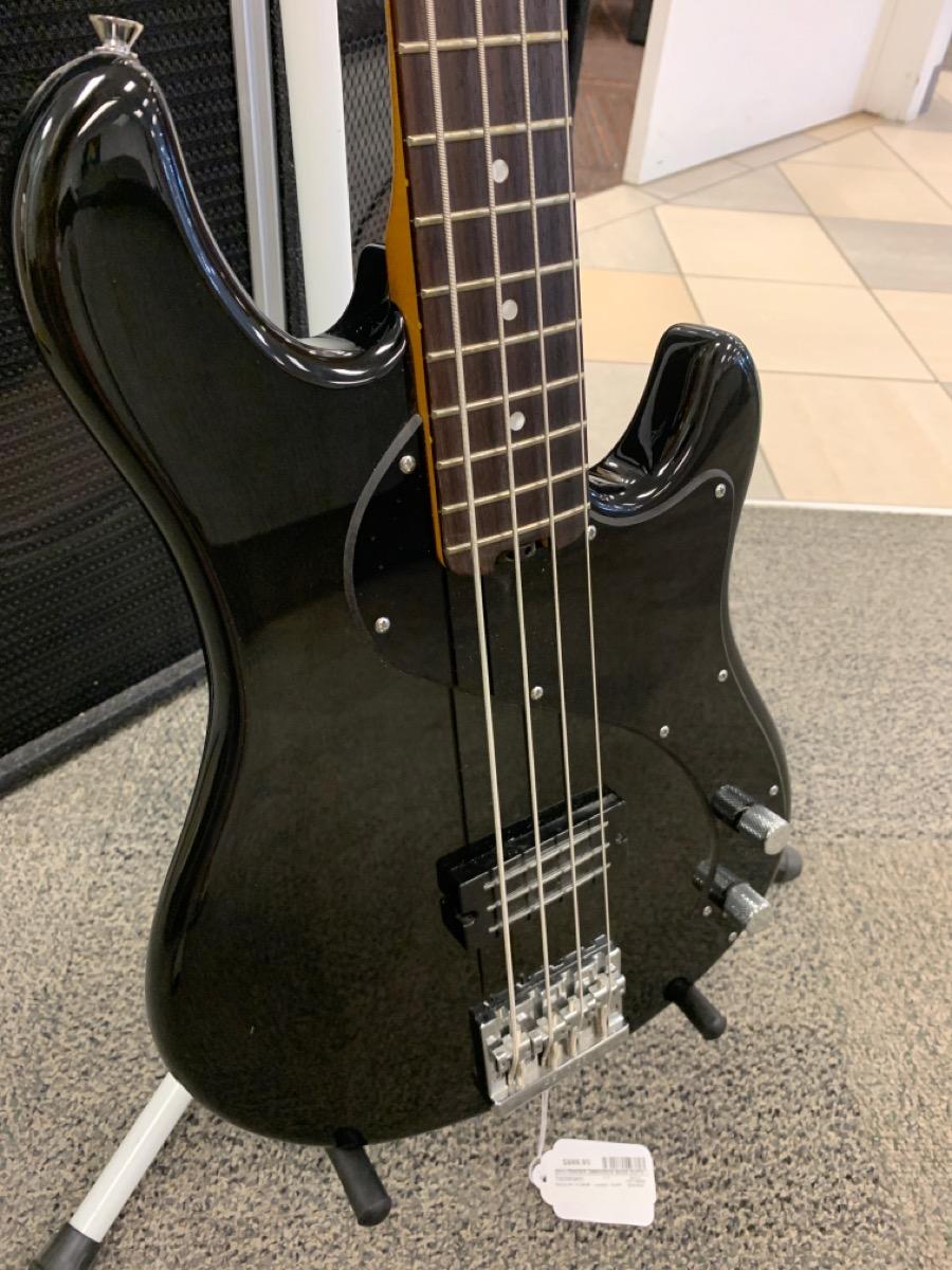 29 Oct 2020 – Fender Dimension Bass Guitar – $699