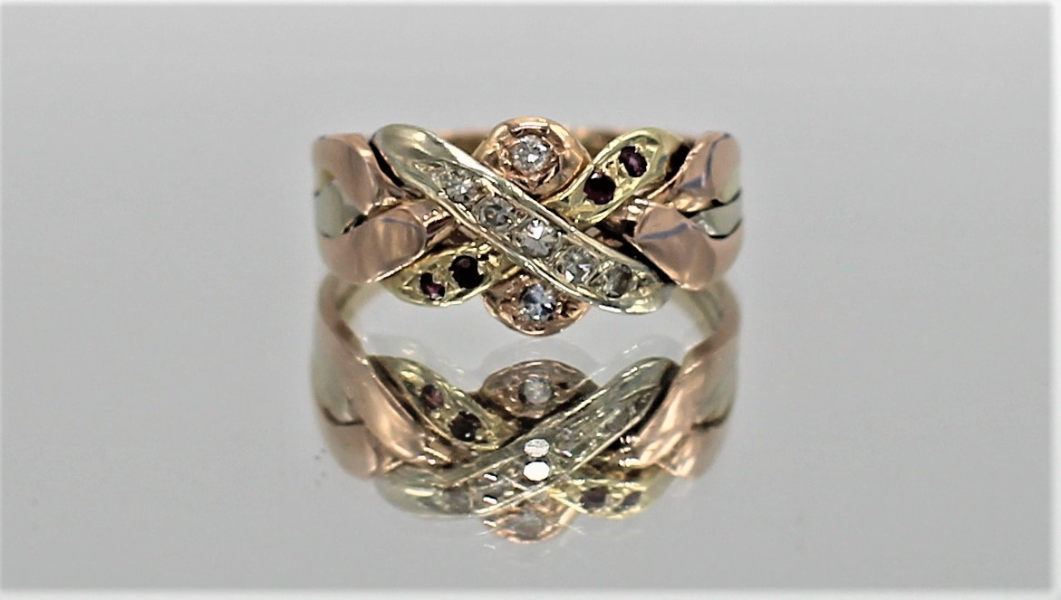 30 Oct 2020 – 14K Gold Tri-Colour Puzzle Ring – $275