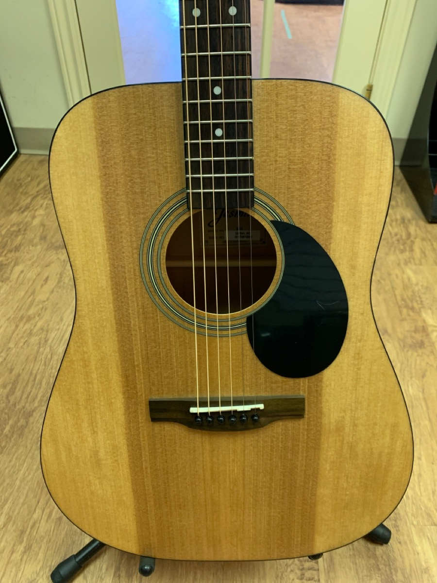 2 Nov 2020 – Jasmine Acoustic Guitar – $99
