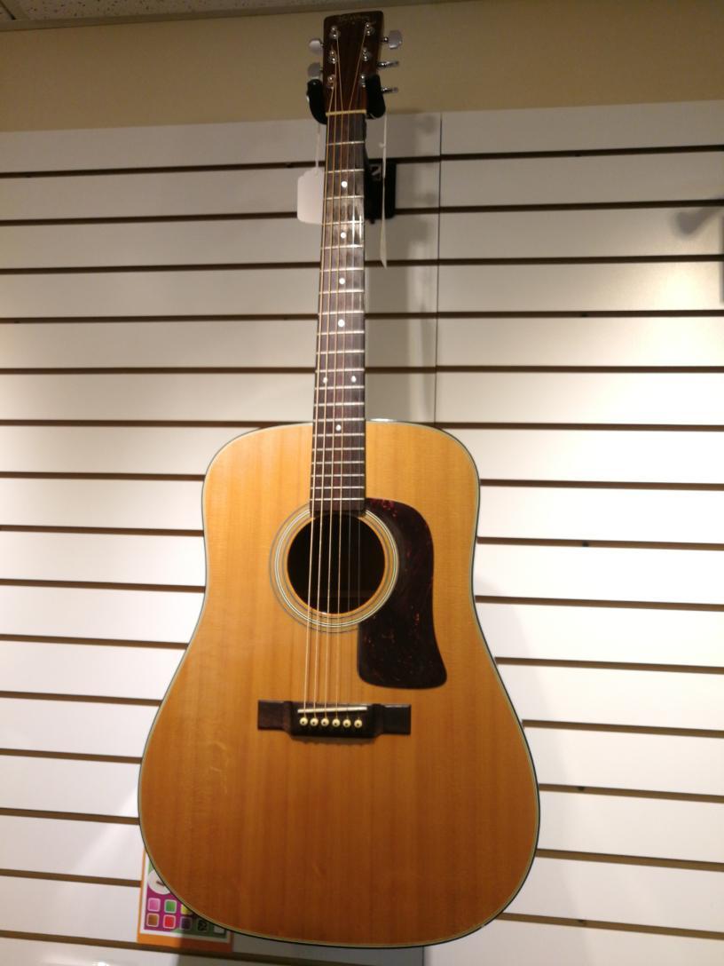 Fri Jan 8 – Washburn Acoustic Guitar – $299