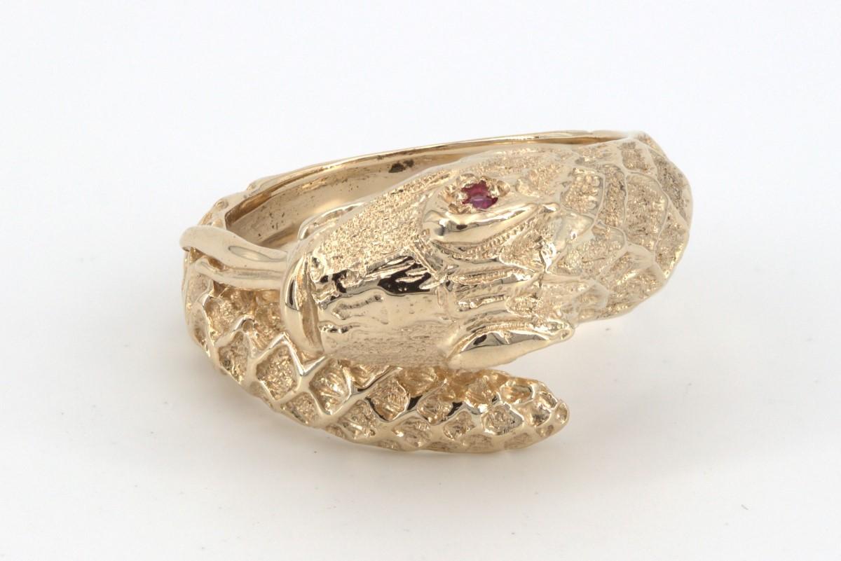 Wed Mar 31 – 9k Solid Gold Snake Ring – $319