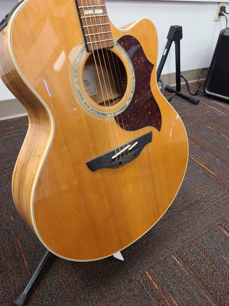 Fri Apr 16 – Takamine EG523SC Jumbo Acoustic – $799