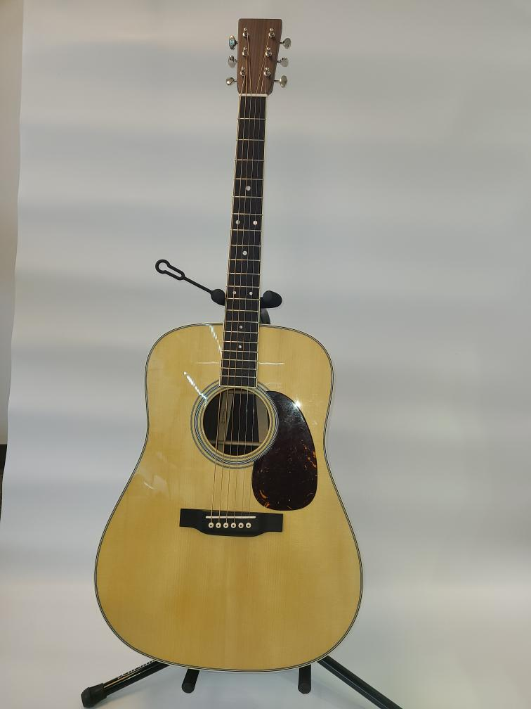 Wed May 19 – Martin D-35 Custom Shop Acoustic Guitar – $4500