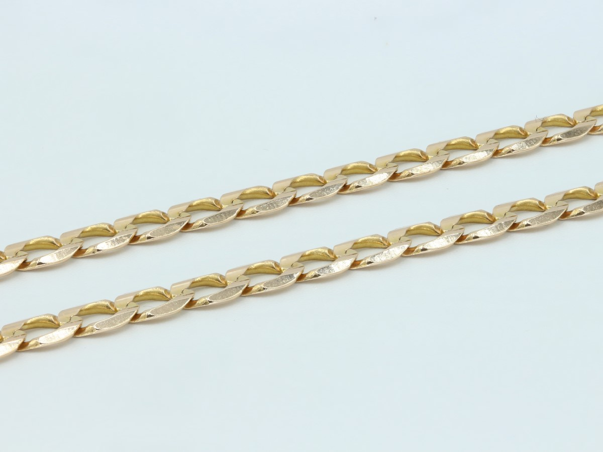 Tues June 8 – 22inch 10K Solid Gold Curb Chain – $1099