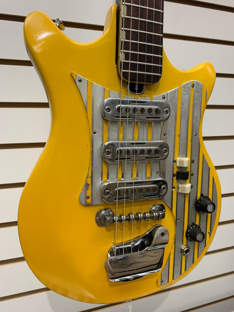 Tues Aug 17 – Teisco Del Rey ET-300 Guitar Made in Japan – $399