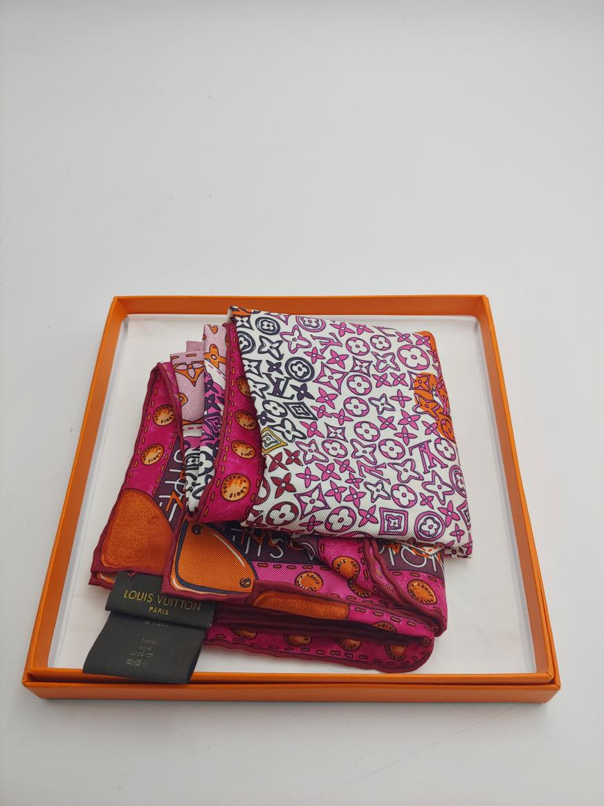Wed Aug 25 – Louis Vuitton Silk Scarf in box – $399