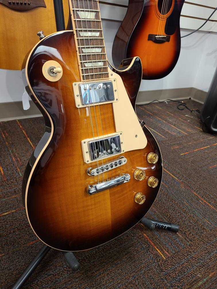 Tues Aug 31 – Gibson Les Paul Traditional Desert Burst – $2199